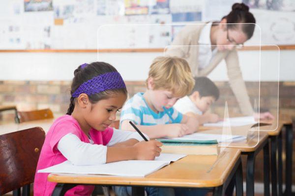 Mamparas separadoras para pupitres de colegios, mamparas para institutos y centros educativos grupo zona
